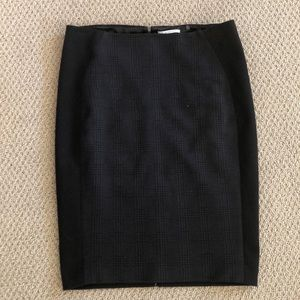 T Tahari pencil skirt
